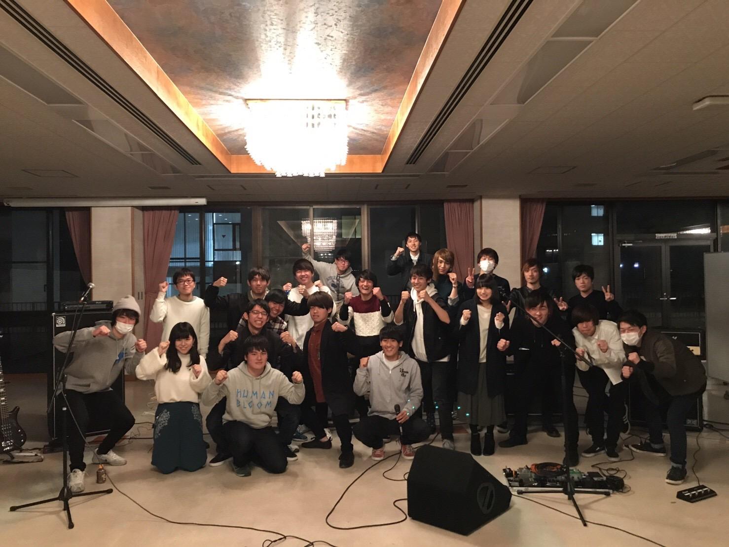 12-1-02フォークソングmusic研究部(写真).png
